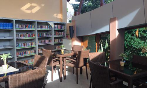 quiet places for reading in Metro Manila